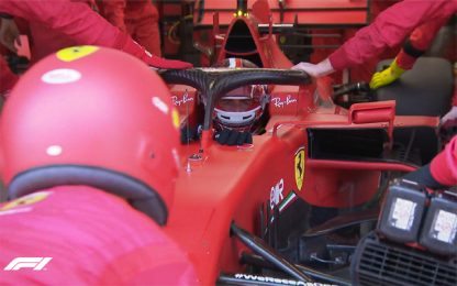 Ferrari, momento chiave: Leclerc si ferma. VIDEO