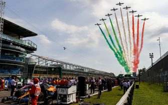 AUTODROMO NAZIONALE MONZA, ITALY - SEPTEMBER 06: The Italian Air Force Aerobatic Display Team, Frecce Tricolori, display over the grid in their Aermacchi MB339A jet trainers during the Italian GP at Autodromo Nazionale Monza on Sunday September 06, 2020 in Monza, Italy. (Photo by Andy Hone / LAT Images)
