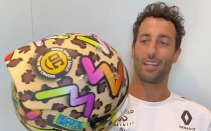 """Ricciardo, casco alla Rossi: """"Sono un fan"""". VIDEO"""