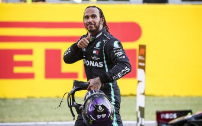 Hamilton pigliatutto: torna l'uomo dei record