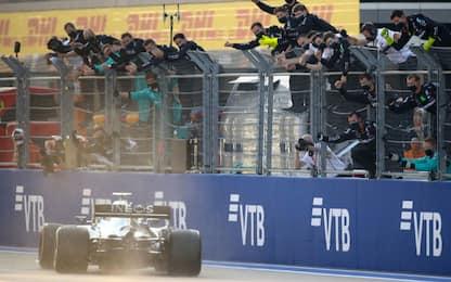 Bottas vince a Sochi, Hamilton terzo. Leclerc 6°