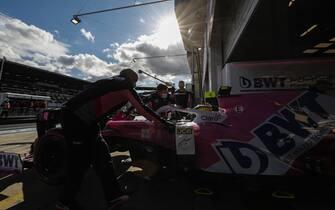 NüRBURGRING, GERMANY - OCTOBER 10: Nico Hulkenberg, Racing Point RP20, is returned to the garage during the Eifel GP at Nürburgring on Saturday October 10, 2020, Germany. (Photo by Glenn Dunbar / LAT Images)