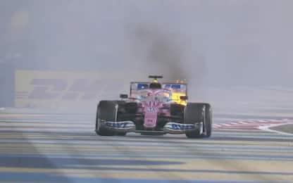 Fumo e fiamme, niente podio per Perez. VIDEO