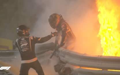 Haas spezzata in 2, Grosjean salvo tra le fiamme