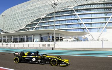 YAS MARINA CIRCUIT, UNITED ARAB EMIRATES - DECEMBER 15: Fernando Alonso, Renault R.S.20 during the Abu Dhabi Post Season Test at Yas Marina Circuit on Tuesday December 15, 2020 in Abu Dhabi, United Arab Emirates. (Photo by Mark Sutton / Sutton Images)