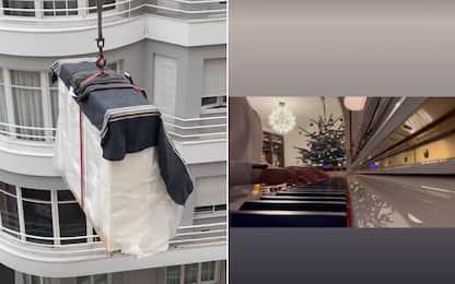 Leclerc, Babbo Natale con la gru: in dono un piano