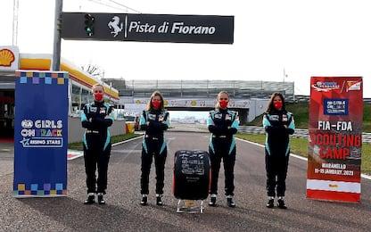 """Ferrari, terminato camp """"girls on track"""" a Fiorano"""