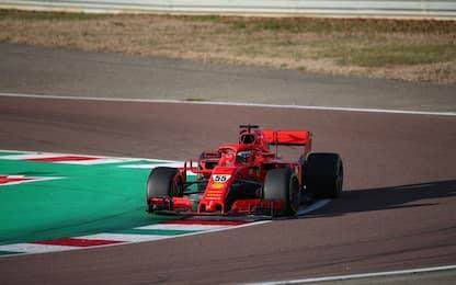 Sainz, primi giri sulla Ferrari a Fiorano. FOTO