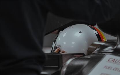 Vettel al volante dell'Aston Martin. FOTO