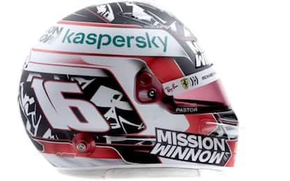 Leclerc, ecco il casco per il Mondiale 2021. FOTO