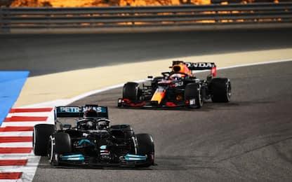 Capolavoro di Hamilton su Verstappen, Leclerc 6°