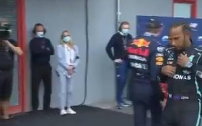 Spallata Verstappen-Hamilton: caso o sfida? VIDEO