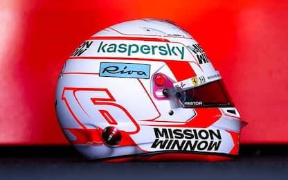 Leclerc, nuovo casco a Portimao. FOTO