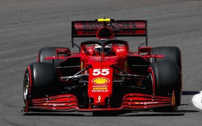Ferrari sorride con Sainz, Leclerc per il riscatto