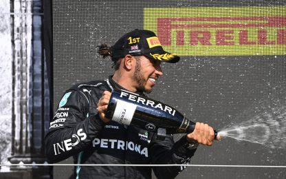 Lewis, 100 vittorie: tutti i suoi record