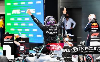 Capolavoro Hamilton a Barcellona. Leclerc 4°