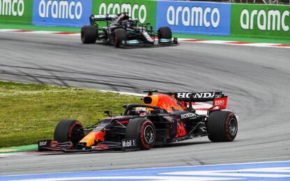 GP Spagna LIVE: duello Verstappen-Hamilton