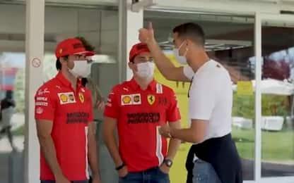 """Ronalo, la """"sfida"""" in pista con Leclerc e Sainz"""
