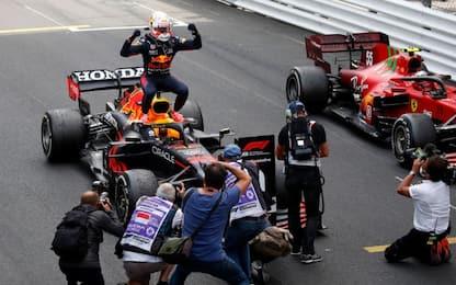 Verstappen, doppio colpo a Monaco. Sainz 2°