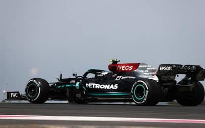 Mercedes, telai invertiti in Francia. Ma perché?