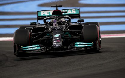 GP Francia LIVE: Verstappen davanti a Hamilton