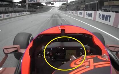 Sky Sport Tech: i messaggi sul volante di Sainz