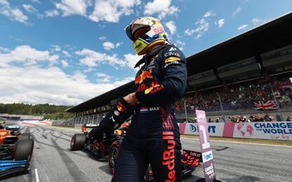 Verstappen, una pole super. Sainz 10°, Leclerc 12°