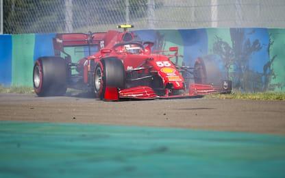 Sainz contro le barriere nelle qualifiche. FOTO