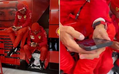 """Leclerc: """"Almeno ho vinto a scacchi con Sainz..."""""""