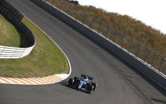 CIRCUIT ZANDVOORT, NETHERLANDS - SEPTEMBER 03: Fernando Alonso, Alpine A521 during the Dutch GP at Circuit Zandvoort on Friday September 03, 2021 in North Holland, Netherlands. (Photo by Zak Mauger / LAT Images)