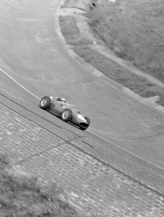 AVUS, GERMANY - AUGUST 02: Phil Hill, Ferrari 246 during the German GP at Avus on August 02, 1959 in Avus, Germany. (Photo by LAT Images)