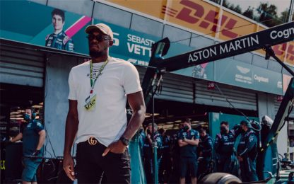 Un fulmine a Monza: Bolt nel box Aston Martin