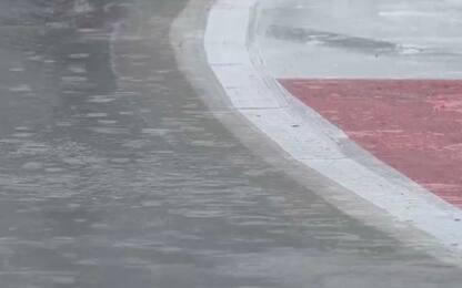 La pioggia non molla: F2 posticipata. E la F1?