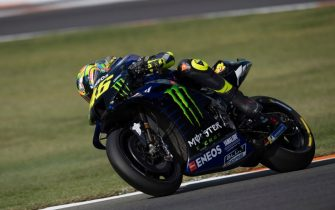 VALENCIA, SPAIN - NOVEMBER 20: Valentino Rossi of Italy and Yamaha Factory Racing rounds the bend during the MotoGP Tests in Valencia at Ricardo Tormo Circuit on November 20, 2019 in Valencia, Spain. (Photo by Mirco Lazzari gp/Getty Images)