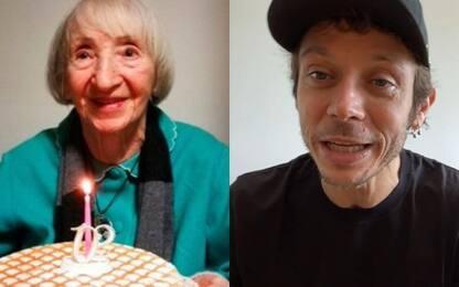 Guarisce dal virus a 102 anni, Rossi le telefona