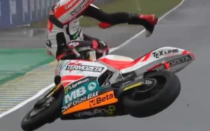 Moto2, paurosa caduta per Di Giannantonio. VIDEO