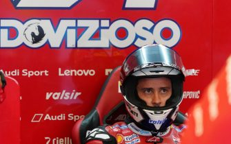 epa08733571 Italian Moto GP rider Andrea Dovizioso  of Ducati Team during the free practice session of the French Motorcycling Grand Prix in Le Mans, France, 10 october 2020. The Motorcycling Grand Prix of France will take place on 11 October 2020.  EPA/EDDY LEMAISTRE