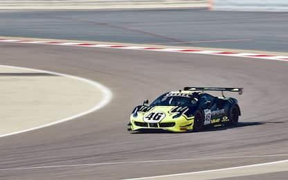 Valentino Rossi sul podio alle 12 ore del Golfo