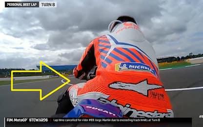 Martin taglia la chicane, pole cancellata. VIDEO