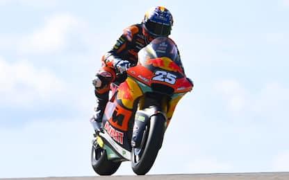 Moto2, Raul Fernandez in pole. Bezzecchi è 8°