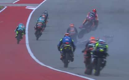 Pauroso incidente in Moto3: piloti escono illesi