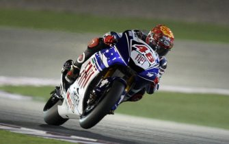 Yamaha rider Jorge Lorenzo of Spain races during the 2008 MotoGP free practice in Doha on March 8, 2008. World champion Casey Stoner begins the defence of his world motorcycling crown tomorrow under the desert lights of Qatar with a warning to his rivals that he has no intention of surrendering his title. AFP PHOTO/KARIM JAAFAR (Photo credit should read KARIM JAAFAR/AFP via Getty Images)