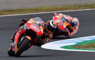 Repsol Honda Team rider Jorge Lorenzo of Spain (L) leads teammate Marc Marquez of Spain (R) during the second free practice session at the Twin Ring Motegi circuit in Motegi, Tochigi prefecture on October 18, 2019. (Photo by TOSHIFUMI KITAMURA / AFP) (Photo by TOSHIFUMI KITAMURA/AFP via Getty Images)