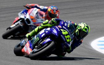 Movistar Yamaha MotoGP's Italian rider Valentino Rossi competes during the MotoGP race of the Spanish Grand Prix at the Jerez Angel Nieto racetrack in Jerez de la Frontera on May 6, 2018. (Photo by JAVIER SORIANO / AFP)        (Photo credit should read JAVIER SORIANO/AFP/Getty Images)