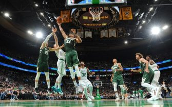BOSTON, MA - OCTOBER 30: Giannis Antetokounmpo #34 of the Milwaukee Bucks shoots the ball against the Boston Celtics on October 30, 2019 at the TD Garden in Boston, Massachusetts.  NOTE TO USER: User expressly acknowledges and agrees that, by downloading and or using this photograph, User is consenting to the terms and conditions of the Getty Images License Agreement. Mandatory Copyright Notice: Copyright 2019 NBAE  (Photo by Brian Babineau/NBAE via Getty Images)