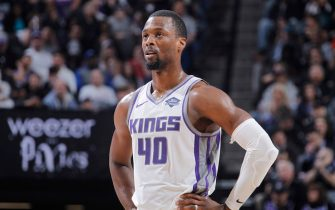 SACRAMENTO, CA - MARCH 23: Harrison Barnes #40 of the Sacramento Kings looks on during the game against the Phoenix Suns on March 23, 2019 at Golden 1 Center in Sacramento, California. NOTE TO USER: User expressly acknowledges and agrees that, by downloading and or using this photograph, User is consenting to the terms and conditions of the Getty Images Agreement. Mandatory Copyright Notice: Copyright 2019 NBAE (Photo by Rocky Widner/NBAE via Getty Images)
