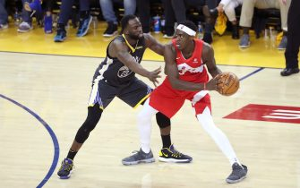 OAKLAND, CA - JUNE 7: Draymond Green #23 of the Golden State Warriors defends Pascal Siakam #43 of the Toronto Raptors during Game Four of the NBA Finals on June 7, 2019 at ORACLE Arena in Oakland, California. NOTE TO USER: User expressly acknowledges and agrees that, by downloading and/or using this photograph, user is consenting to the terms and conditions of Getty Images License Agreement. Mandatory Copyright Notice: Copyright 2019 NBAE (Photo by Joe Murphy/NBAE via Getty Images)