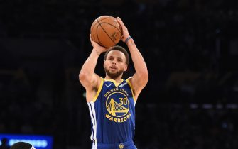 LOS ANGELES, CA - OCTOBER 14: Stephen Curry #30 of the Golden State Warriors shoots a three-pointer against the Los Angeles Lakers during a pre-season game on October 14, 2019 at STAPLES Center in Los Angeles, California. NOTE TO USER: User expressly acknowledges and agrees that, by downloading and/or using this Photograph, user is consenting to the terms and conditions of the Getty Images License Agreement. Mandatory Copyright Notice: Copyright 2019 NBAE (Photo by Adam Pantozzi/NBAE via Getty Images)