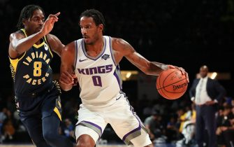 MUMBAI, INDIA - OCTOBER 4: Trevor Ariza #0 of the Sacramento Kings handles the ball against the Indiana Pacers on October 4, 2019 at NSCI Dome in Mumbai, India. NOTE TO USER: User expressly acknowledges and agrees that, by downloading and or using this photograph, User is consenting to the terms and conditions of the Getty Images License Agreement. Mandatory Copyright Notice: Copyright 2019 NBAE (Photo by Jeff Haynes/NBAE via Getty Images)