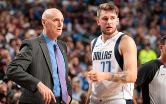 DALLAS, TX - OCTOBER 20:  Head Coach Rick Carlisle talks with player Luka Doncic #77 of the Dallas Mavericks during the game against the Minnesota Timberwolves on October 20, 2018 at American Airlines Center in Dallas, Texas. NOTE TO USER: User expressly acknowledges and agrees that, by downloading and/or using this Photograph, user is consenting to the terms and conditions of the Getty Images License Agreement. Mandatory Copyright Notice: Copyright 2018 NBAE (Photo by Glenn James/NBAE via Getty Images)